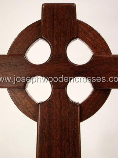 16 Inch Mahogany Irish Celtic Cross front closeup